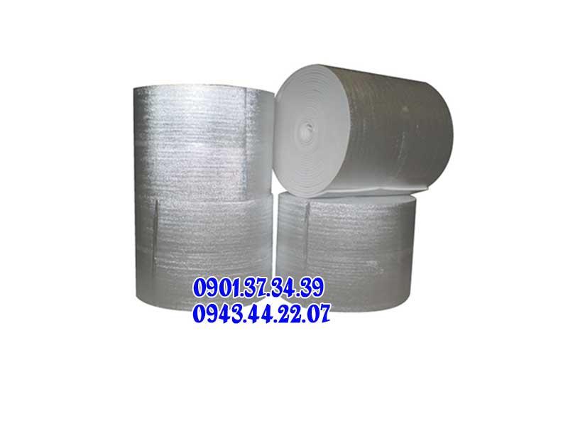 Mút-cách-nhiệt-ứng-dụng-trong-chống-nóng-mái-tôn